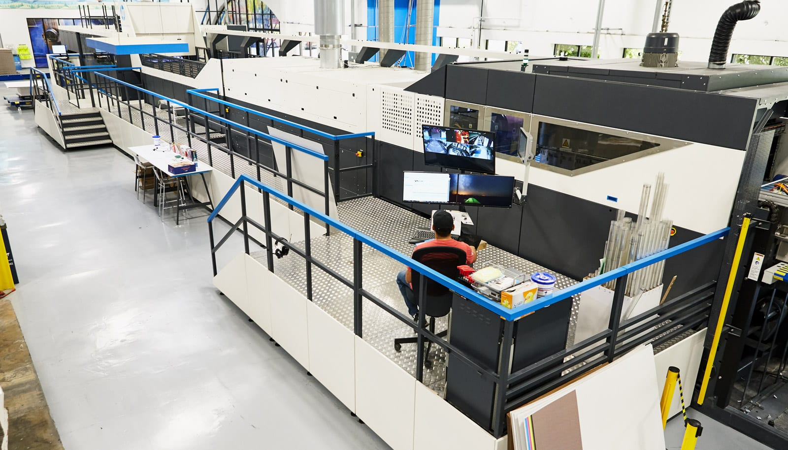 sweeping shot of HP PageWide C500 Press